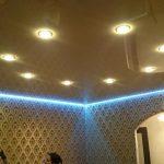 Парящий натяжной потолок с подсветкой